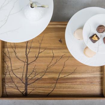 Tablett Holz Baum 44x32x4 cm von Räder Design - Garten-Traum-Duefte.de